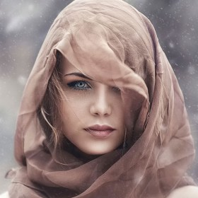 Girl-in-the-winter-brown-scarf_1680x1050